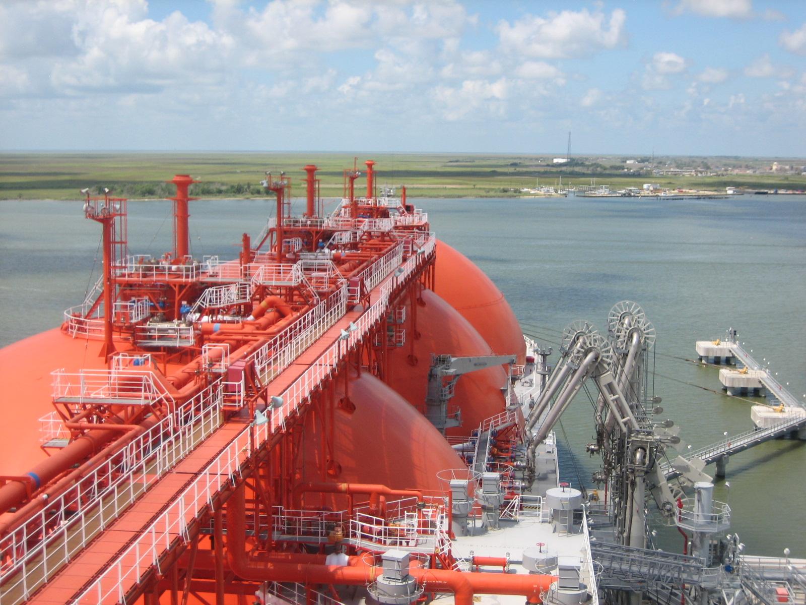 Energy Deal Solutions LLC, LNG ship Neva River loading at Sabine Pass LNG, IMG_2858IMG_2882